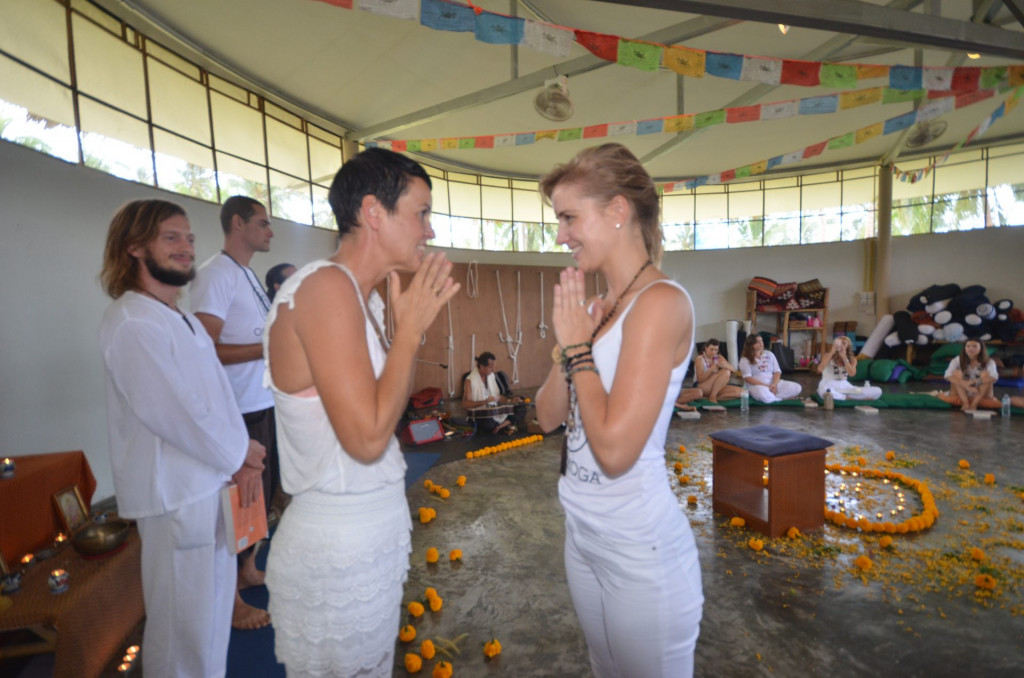 Diplomauitreiking One Yoga Thailand